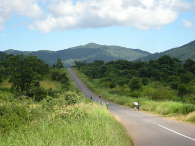 The road from Zomba to Machinga