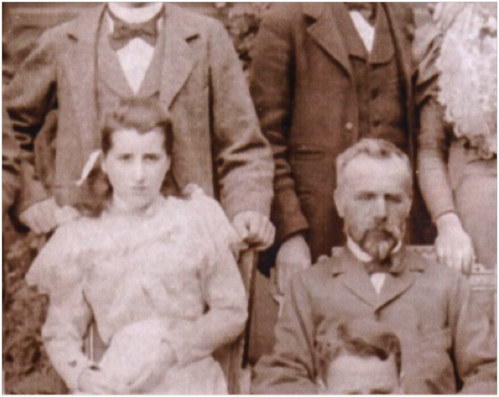 Lizzy Smith and her father, detail from Smith family photo of 1906 (photo courtesy of Harry Smith).