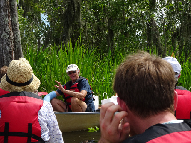 Field trip organizer David White giving a swampside tutorial, 4 August 2018.